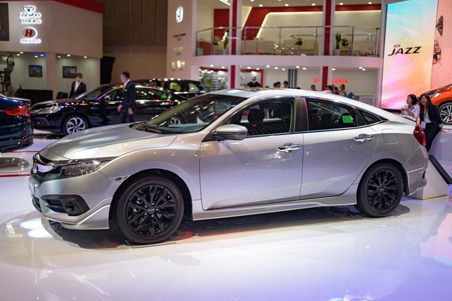 honda civic modulo them manh me voi bodykit the thao hinh anh 2