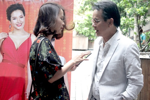 "nhac si duc huy tiet lo ""bi kip"" song cung vo tre kem 44 tuoi hinh anh 5"