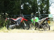o to - Xe may - Honda CRF250 Rally doi dau Kawasaki Versys-X 300