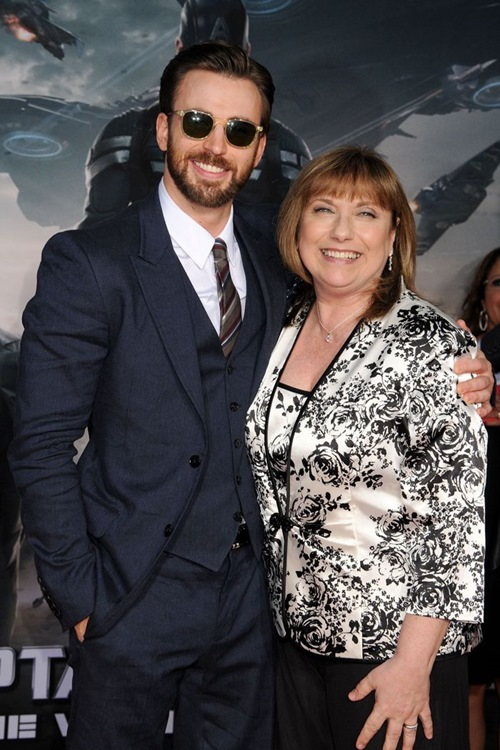 """phong cach don gian ma chat cua """"captain america"""" chris evans hinh anh 14"""