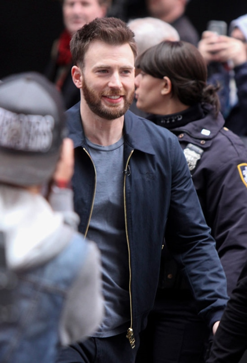"""phong cach don gian ma chat cua """"captain america"""" chris evans hinh anh 7"""