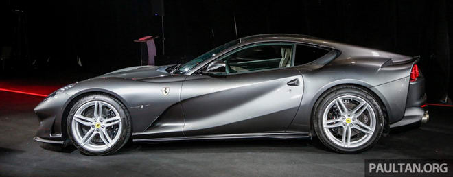 "ferrari 812 superfast gia chua thue ""chi"" 8,38 ty dong hinh anh 2"