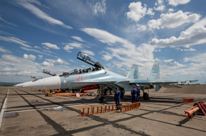 11 hinh anh an tuong ve chien dau co su-30sm moi nhat cua nga hinh anh 1