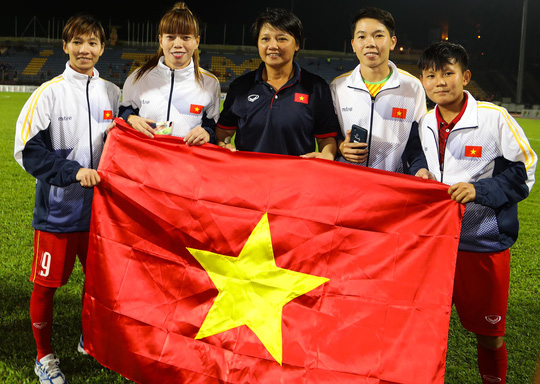 su that bat ngo ve cau thu nu co thai du sea games 29 hinh anh 1