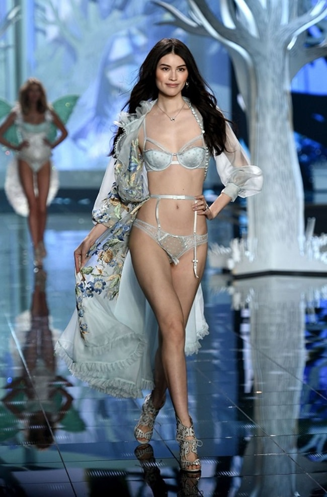 dan chan dai trung quoc dien victoria's secret 2017 goi cam co nao? hinh anh 13