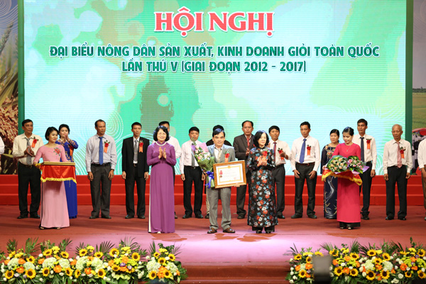 chum anh: toan canh hoi nghi nong dan gioi toan quoc hinh anh 4