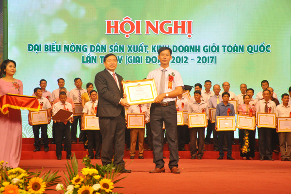 chum anh: toan canh hoi nghi nong dan gioi toan quoc hinh anh 7