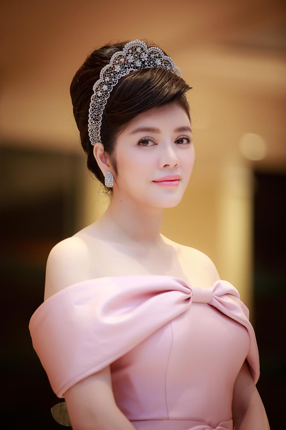 ly nha ky la giam khao miss grand international, huyen my loi the? hinh anh 9