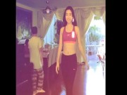 "Video - anh - Chang ngo Huyen My va ""co em hoa hau"" catwalk dinh cao the nay"