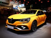 Renault Megane RS 2018 tham vong doi dau Civic Type R