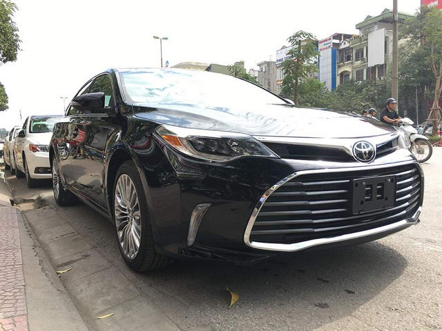 toyota avalon limited sang trong den muc nao? hinh anh 1