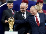 The gioi - Vui voi World Cup, Putin tang fan bong da mon qua bat ngo