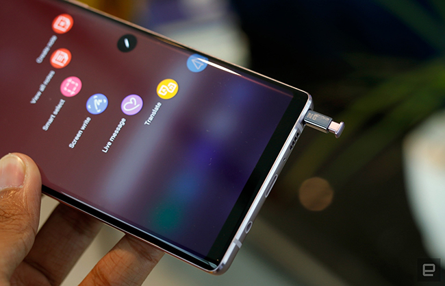 "anh thuc te samsung galaxy note9 voi but s pen ""than thanh"" hinh anh 15"