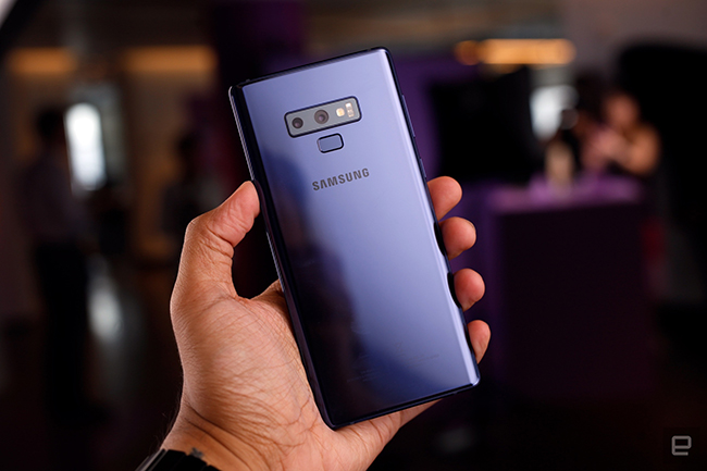 "anh thuc te samsung galaxy note9 voi but s pen ""than thanh"" hinh anh 8"