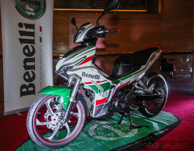 "can canh mau xe moi khien yamaha exciter, honda winner ""toat mo hoi"" hinh anh 2"