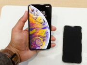 "Apple bat dau giao iPhone Xs va Xs Max dat truoc, dang ""chay hang"""