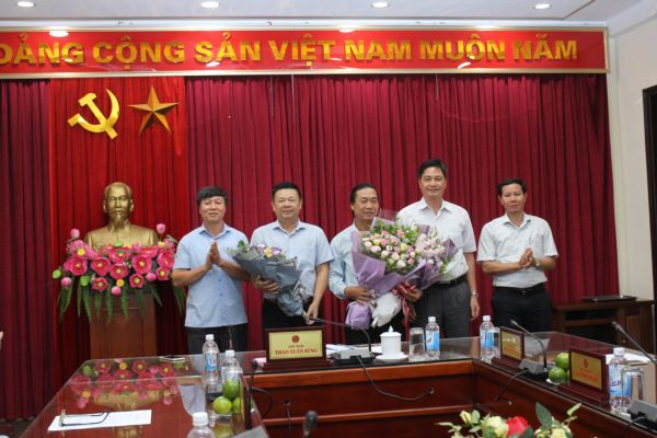trung uong hoi ndvn cong bo cac quyet dinh ve cong tac can bo hinh anh 3
