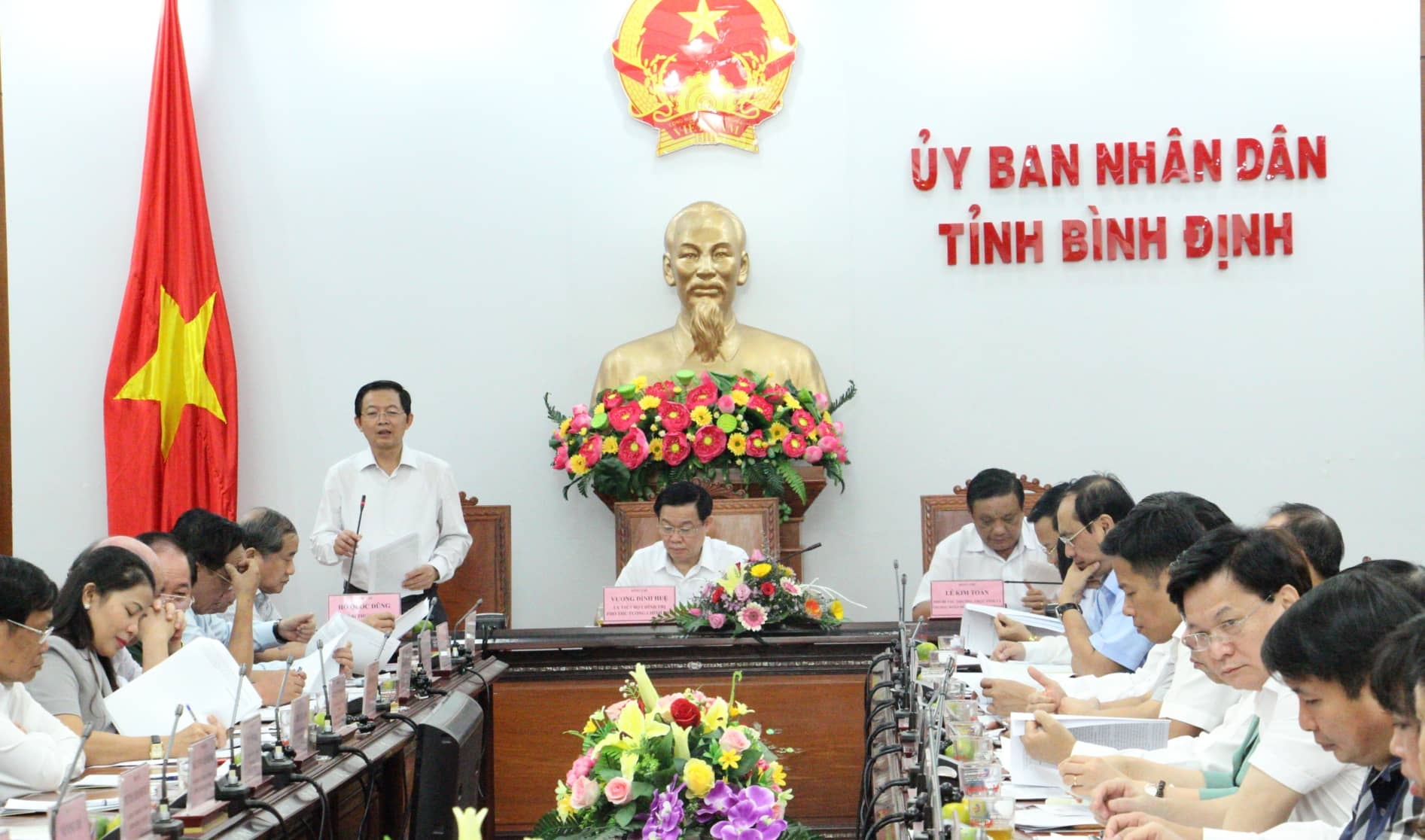 "binh dinh ""doan tuyet"" du an 22 ty usd la quyet dinh lich su! hinh anh 4"