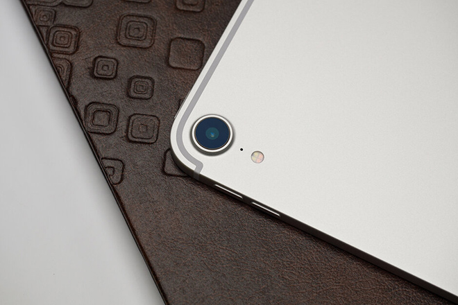 ipad pro the he tiep theo se co thiet lap 3 camera hinh anh 1
