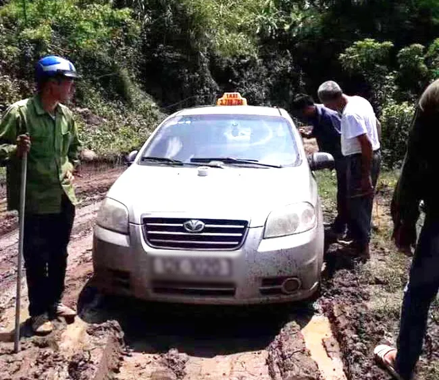 bat 3 doi tuong nguoi trung quoc nghi giet lai xe, cuop taxi hinh anh 1