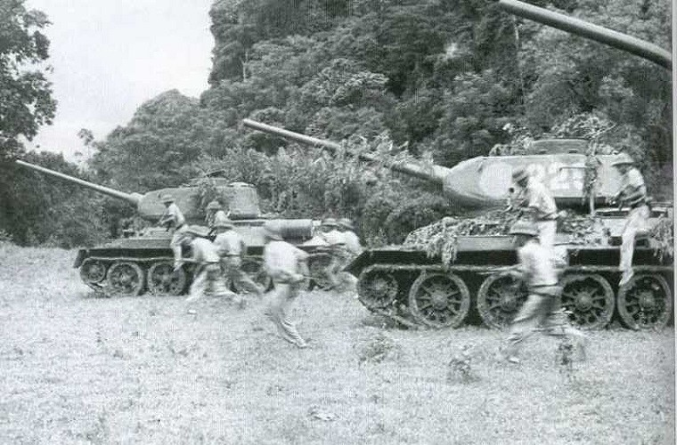 """chien tranh bien gioi 1979: """"ong lao"""" t-34-85 viet nam khien trung quoc khon don the nao? hinh anh 4"""