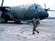 "Chien tranh bien gioi 1979: Viet Nam su dung ""luc si"" C-130 My nhu the nao?"