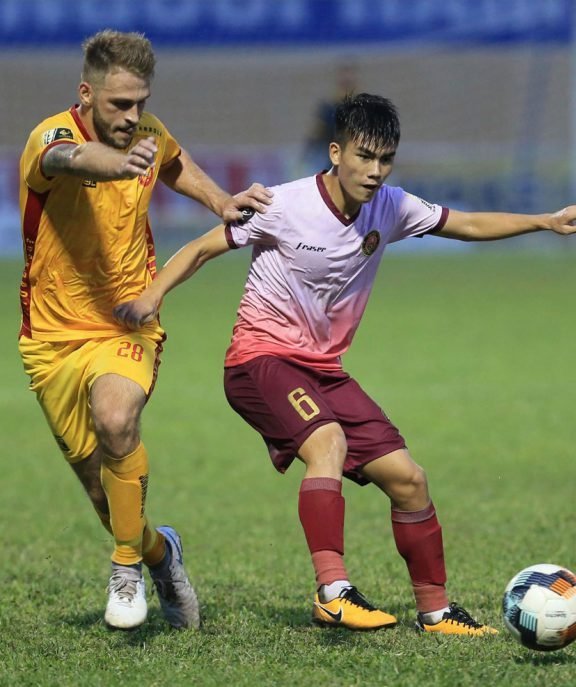 bxh vong 22 v.league 2019: thua sai gon fc, thanh hoa lam nguy hinh anh 1