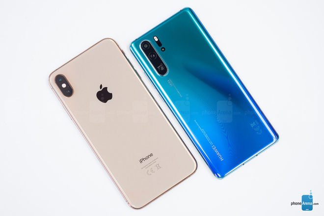 so nhanh iphone xs max va huawei p30 pro hinh anh 2