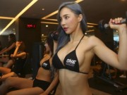 """Ring Girl"" Lee Jina tiet lo bi quyet ""la"" de... dep nhu thien than"