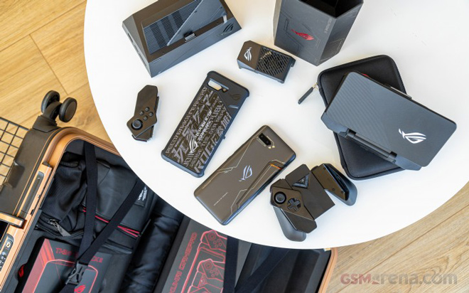 """tren tay smartphone choi game """"dinh dam"""" asus rog phone ii hinh anh 4"""
