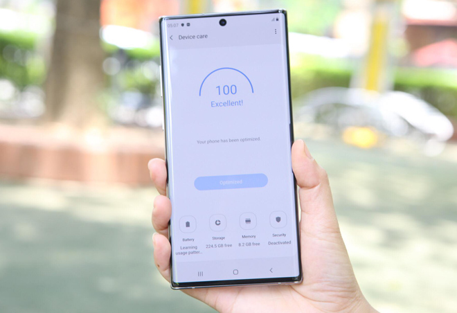 day la 5 smartphone cao cap co pin khoe nhat thi truong hinh anh 1