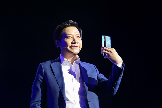 can canh smartphone co ty le man hinh so voi than may sieu khung hinh anh 13