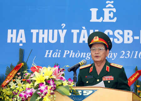le ha thuy tau canh sat bien 8001 hinh anh 1