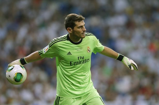 casillas bat dau chan real, arsenal, man city mung tham hinh anh 1