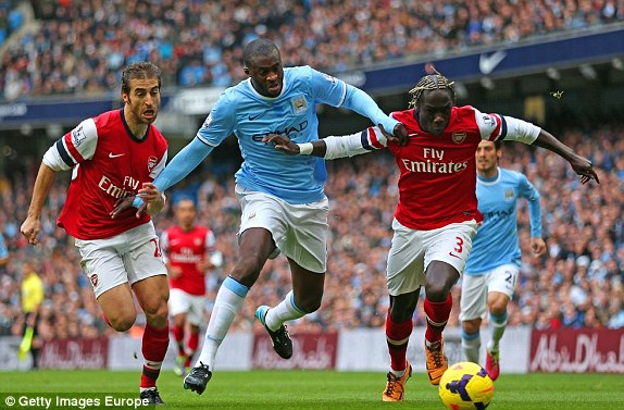 "man city ""huy diet"" arsenal 6-3 hinh anh 1"