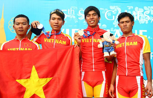 nhat ky sea games (16.12): doan ttvn soan ngoi myanmar hinh anh 2