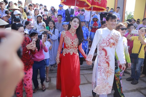 toan canh le cuoi cua thuy tien va cong vinh hinh anh 4