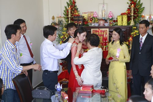 toan canh le cuoi cua thuy tien va cong vinh hinh anh 25
