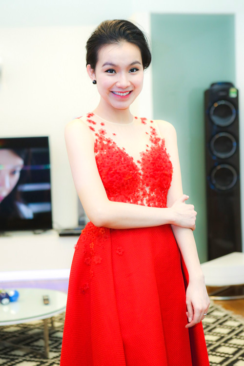 thuy lam ngay cang nuot na, goi cam hinh anh 2