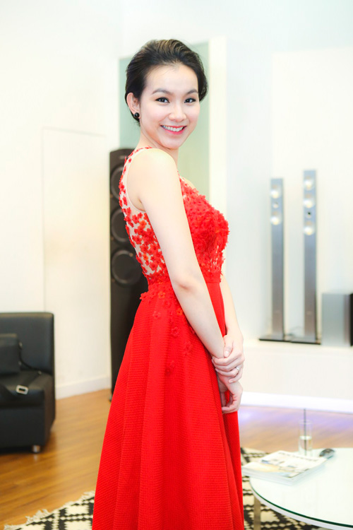 thuy lam ngay cang nuot na, goi cam hinh anh 4