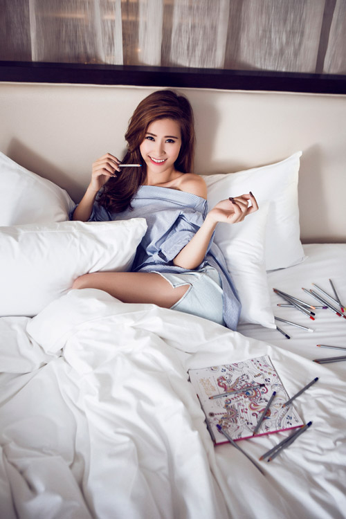 ca si dong nhi tung anh goi cam chao tuoi 27 hinh anh 10