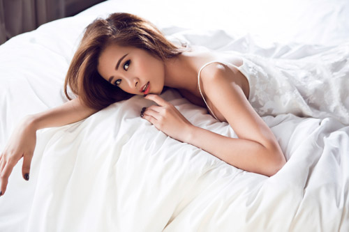 ca si dong nhi tung anh goi cam chao tuoi 27 hinh anh 13