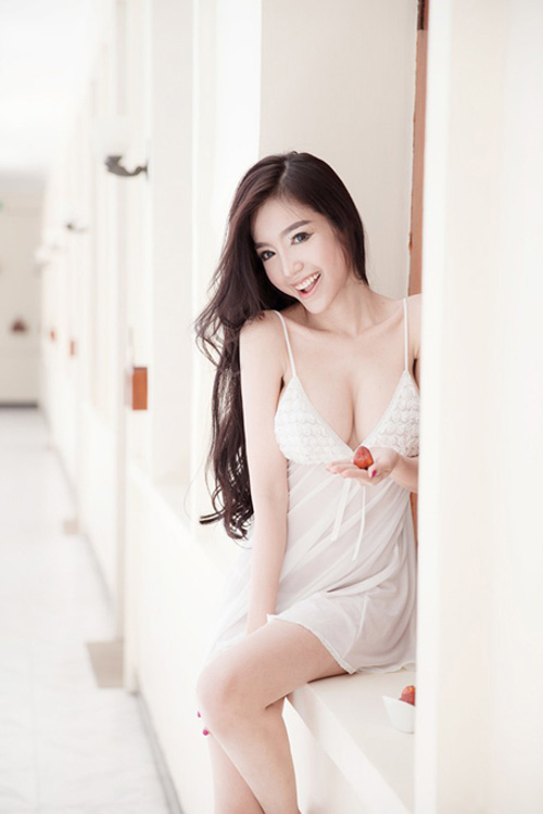 7 my nhan co vong 1 tuyet dep du khong can noi y hinh anh 1