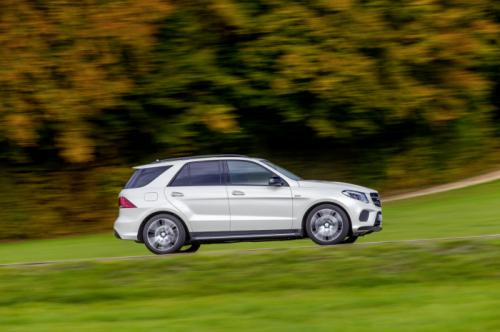 soi phien ban the thao mercedes-benz gle 450 amg 4matic hinh anh 2