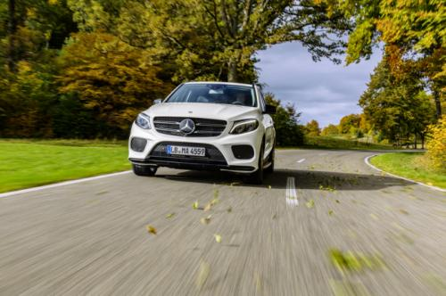 soi phien ban the thao mercedes-benz gle 450 amg 4matic hinh anh 3