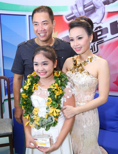 "cam ly ngay cang dep tren ghe nong ""the voice kids"" hinh anh 14"