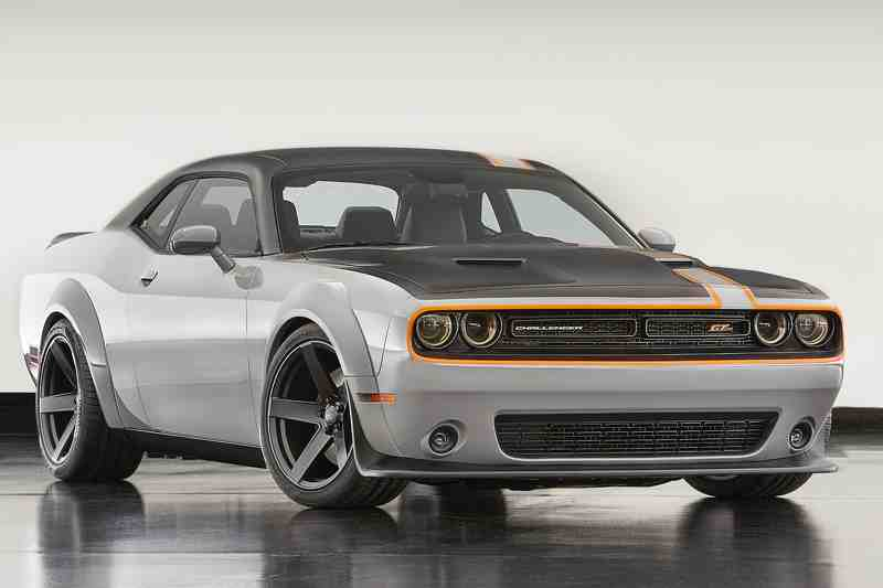 dodge challenger gt awd concept co bap lo dien hinh anh 1