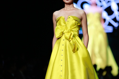 "alexis mabille ton vinh ""chan dung phu nu"" hinh anh 13"