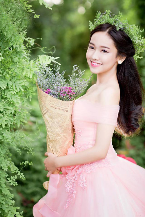 tron bo anh cuoi khoe vong 1 goi cam cua thuy vi hinh anh 4