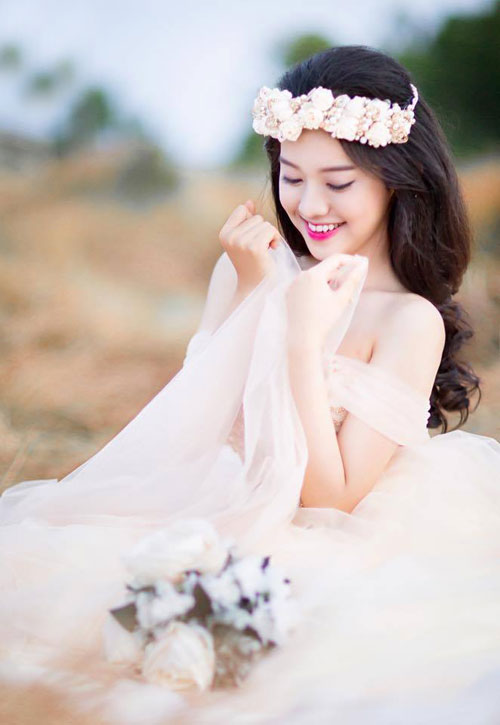 tron bo anh cuoi khoe vong 1 goi cam cua thuy vi hinh anh 7